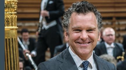 Numa Bischof - Intendant des Luzerner Sinfonieorchesters